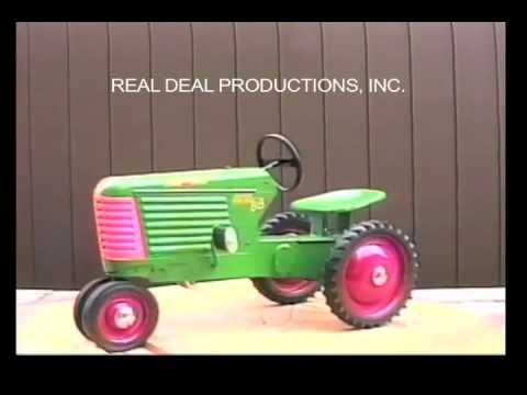 Oliver 88 Closed Grill Pedal Tractor - Eska - YouTube