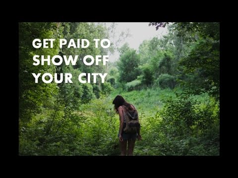 Getting Paid to Show Off Your City: How to Start a Tour Guide Side Hustle