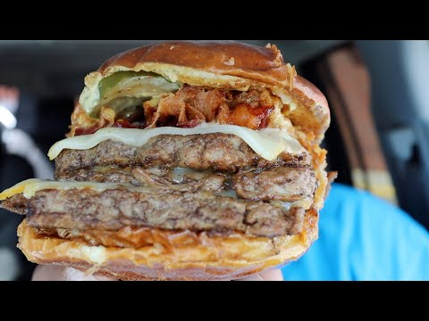 Wendy's NEW Pretzel Bacon Pub TRIPLE Cheeseburger Review