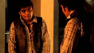 Amar Akbar Anthony Mirror Scene Reacted By Muntazim Bukhari