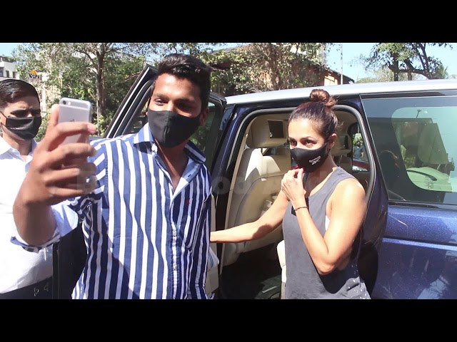 Malaika Arora Spotted At Diva Yoga Bandra 1