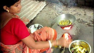 FISH CURRY in My Village - Indian Village Food || Food at Street