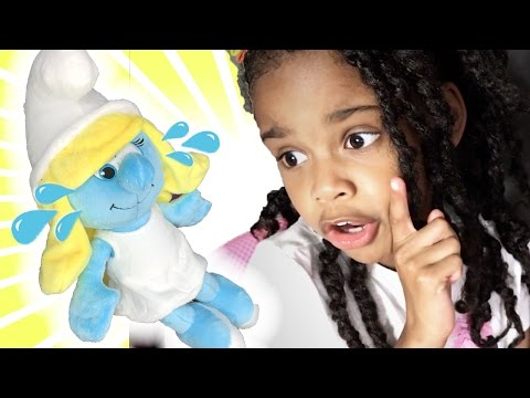 Thumbnail: Learn Colors with Crying Baby Smurfs Pretend Play Family Review