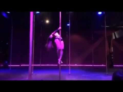 Pole Dance - Britney Spears' Criminal - Jaisy Bee