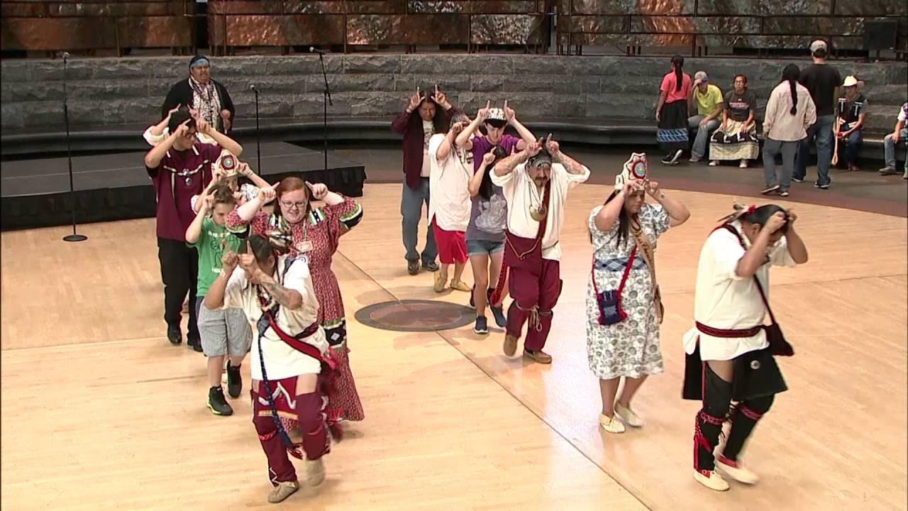 Cherokee Days 2016 - Traditional Dances 1 - YouTube