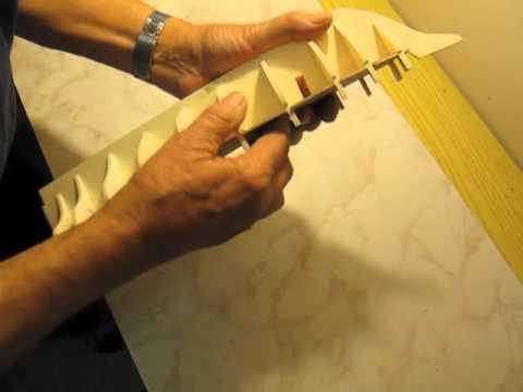 Video guida per costruire un modello di veliero montaggio for Come costruire una casa modello in legno