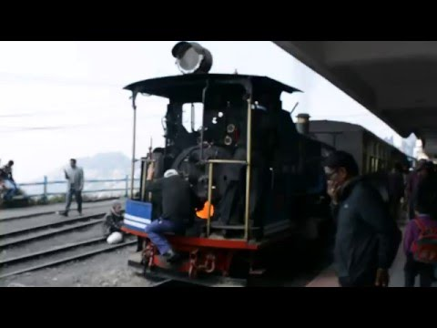 Darjeeling Toy Train Joy Ride from Darjeeling To Ghum and Back
