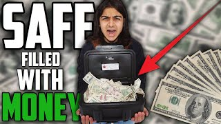 I FOUND A SAFE FILLED WITH MONEY! (HOW MUCH MONEY DID I FIND!)