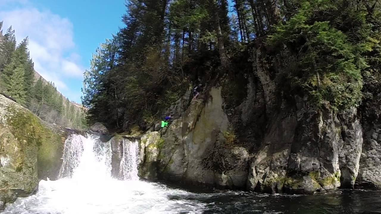 Washougal River cliff jumping - - 143.9KB
