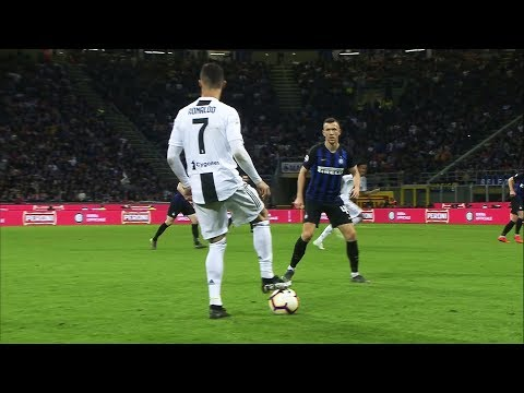 When Cristiano Ronaldo Used Only One Touch to Humiliate His Opponent