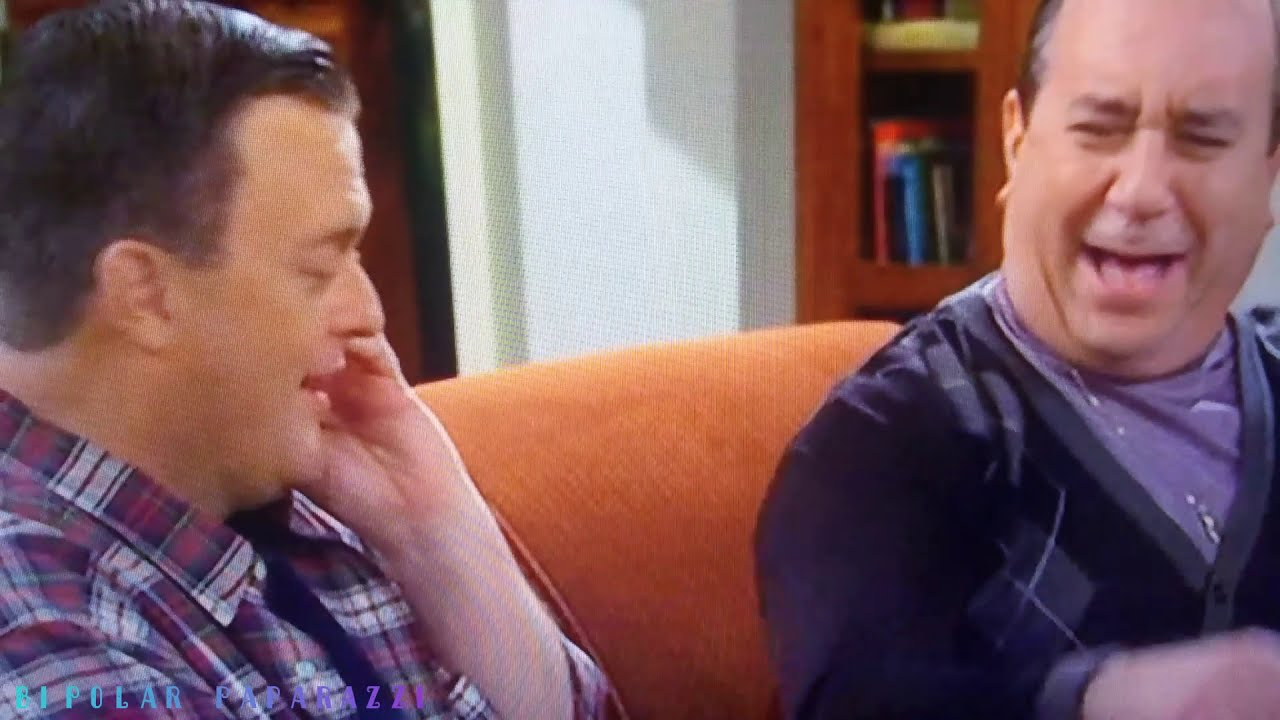 """Download """"Mike and Molly"""" * Best Of Vince Maranto (S5)"""