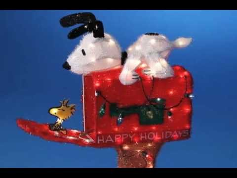 Snoopy Mailbox Peanuts Christmas Decoration - YouTube