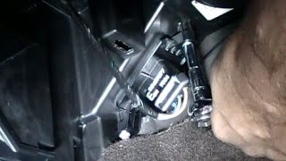How to Replace an AC Heater Blower Fan Resistor on a 2008 Chevrolet Malibu
