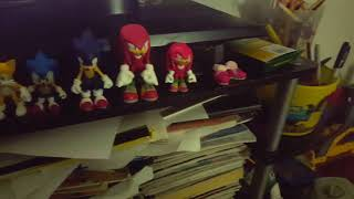 8or9 sonic tomy toys