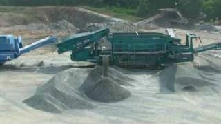 mobile crushing & screening equipment @ quarry - 2