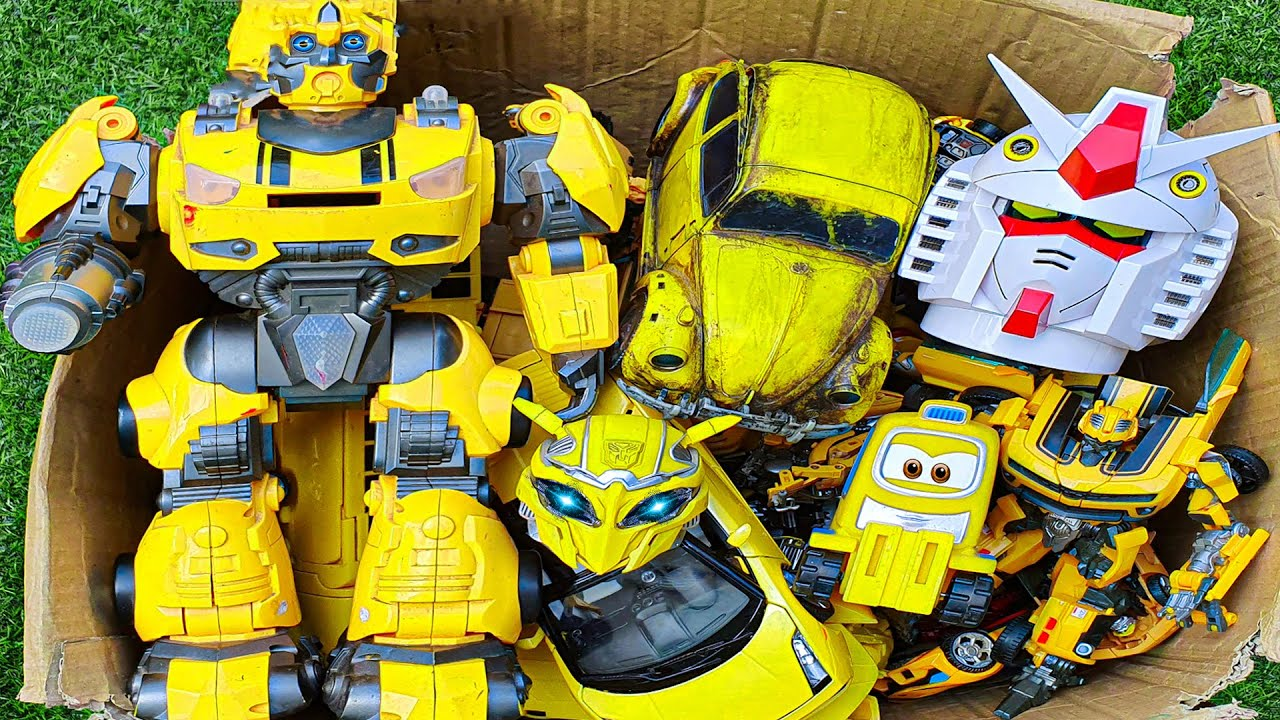 Download Yellow car is in the box - Bumblebee, Optimus Prime Transformers Movie, Autobots Full Mainan Robot!