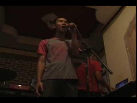 Download Dean Wijaya -  Tak Pernah Setengah Hati