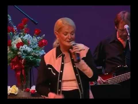Lynn Anderson Rose Garden Live K Pop Lyrics Song