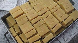 வாயில் கரையும் மைசூர்பா | நிறைய நெய் தேவையில்லை | Mysorepa Recipe Tricks | Salem Special | Gowri