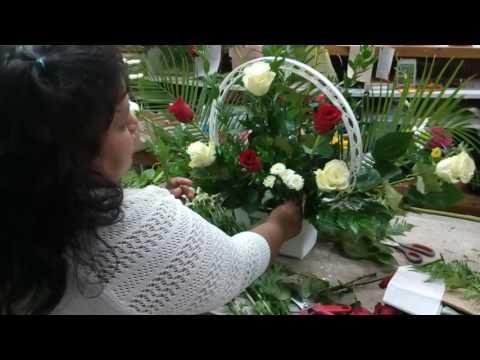 Como Hacer Arreglo De Flores Para Altar De Iglesia Youtube