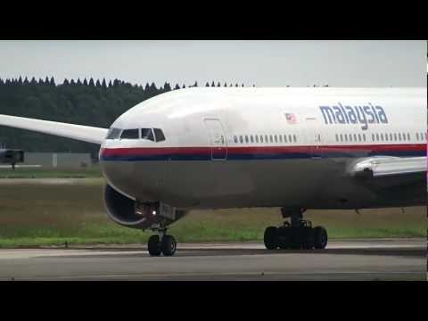Malaysia Airlines Boeing 777-200ER 9M-MRJ Takeoff from NRT 16L