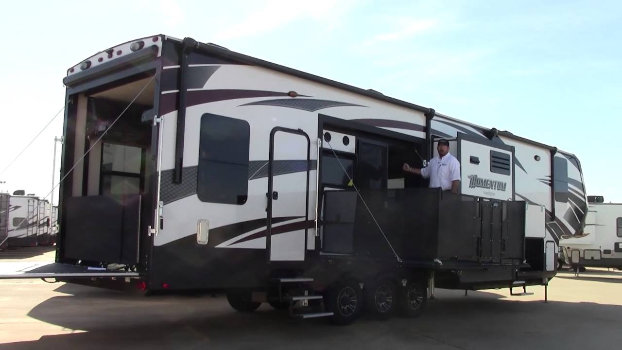 Luxury Fifth Wheel Toy Hauler With Side Patio Wow Blog
