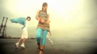 Watch Bonnie Pink So Wonderful video
