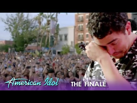 Alejandro Aranda: Breaks Down SOBBING 😭 At Homecoming Embrace | American Idol 2019