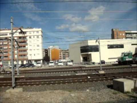 VIAJE MADRID-BARCELONA. ALMORZANDO EN EL  AVE A 300 KM POR HORA
