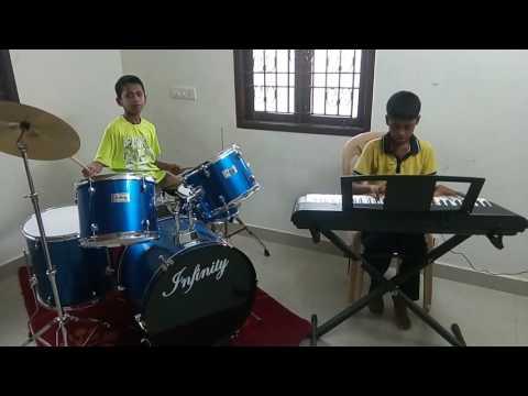 mankatha theme music playing dhanush & tharun chennai