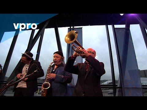 Amsterdam Klezmer Band - Sirba Bulgarish (live @Bimhuis Amsterdam)