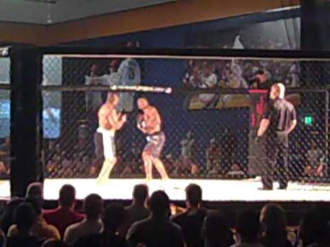 "3rd fight Joshua ""The Texas Titan"" Callis vs Fred Thompson (Caged Aggression 4)"