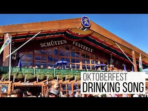 Drinking songs at Oktoberfest