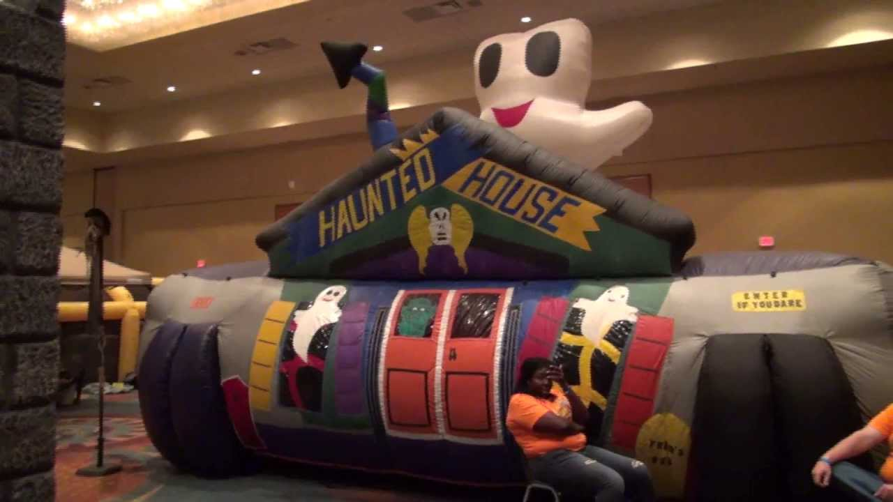 halloween extreme 2013 inflatable haunted house youtube