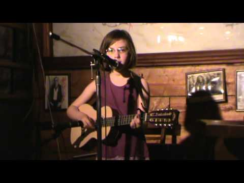 "Molly Jeanne covering ""To Get to You (55th & 3rd)"" at Towne Crier Cafe, Pawling, NY (Kenny Chesney)"