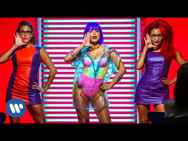 Anitta - Na Batida (Official Music Video)