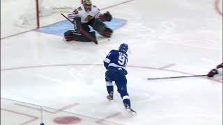 Crawford robs Stamkos after bad line change by Blackhawks