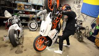 Extreme use of a KTM RC390 [Superretards 2015]