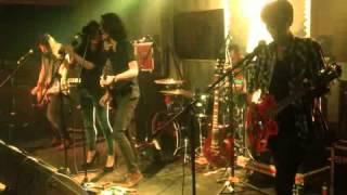 Monkey To Millionaire Feat. Marsha - Strange (Live at 365 Ecobar 2013)