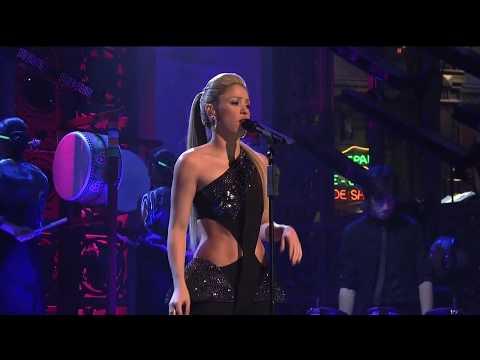 Shakira - did it again LIVE  ( Saturday night live 10/17/2009)