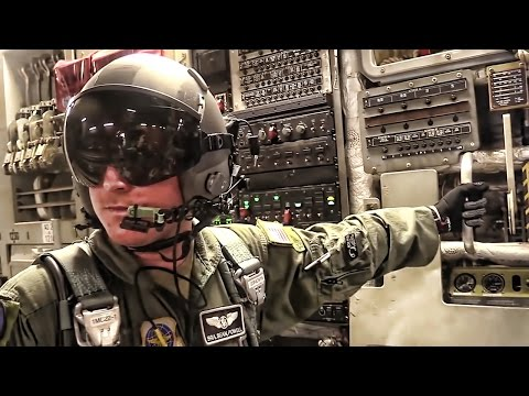 What's It Like To Be U.S. Army Airborne? • Take A Look