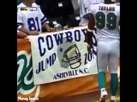 Jason Taylor removes Dallas Cowboys banner (savage)