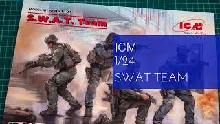 4 figures ICM 1//24 SWAT Team