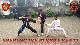 Download Lagu Sparing sabuk biru vs kuning.. Ikspi kera sakti mp3