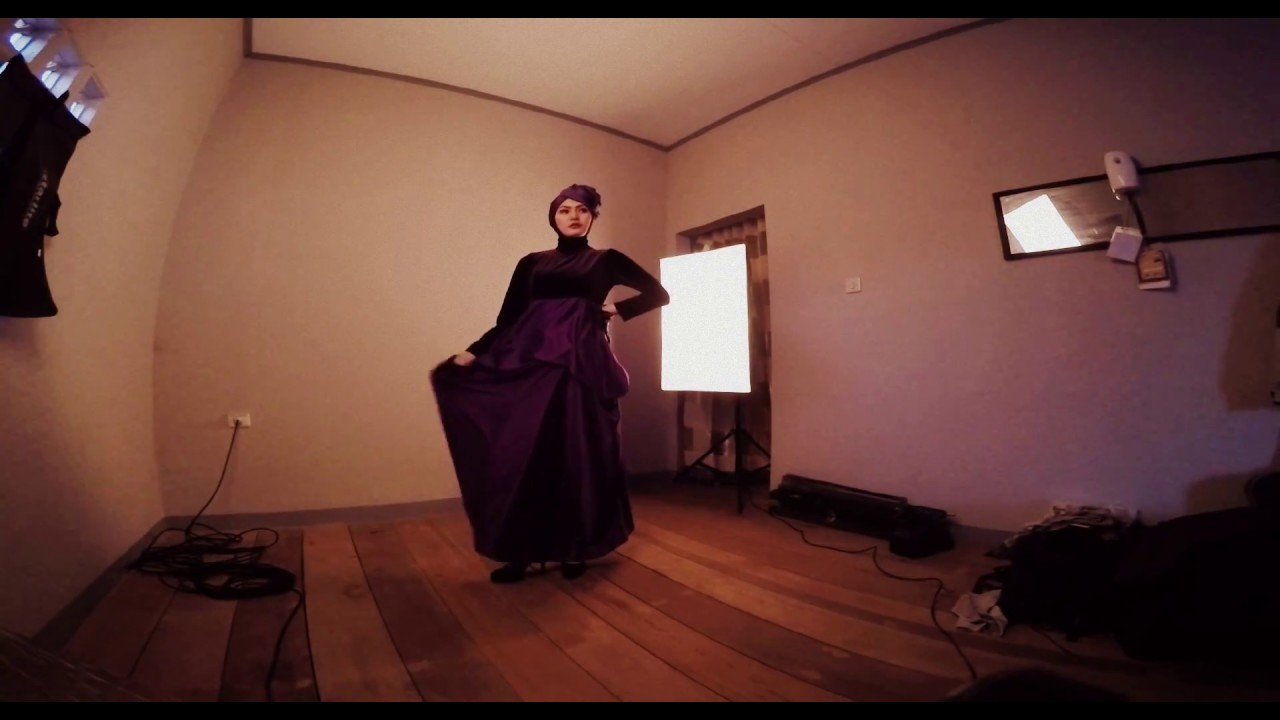 Download Fashion Pose for Hijab Photoshoot part II