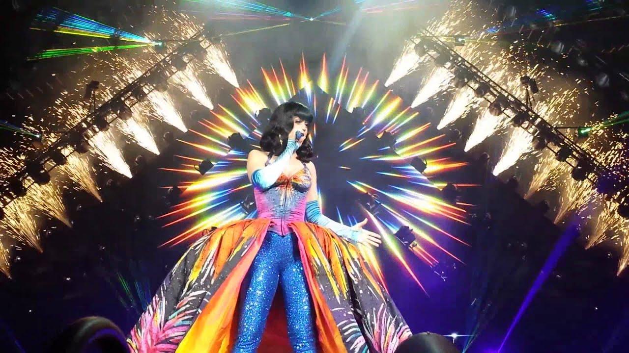 Katy Perry Firework The Prismatic World Tour