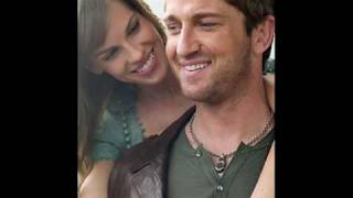 Download Gerard Butler & Hilary Swank singing I'll love you 'till the end MP3 song and Music Video