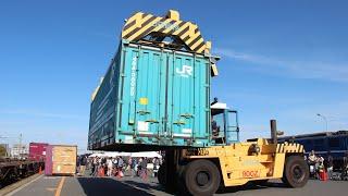 JR貨物(鉄道貨物フェスティバルin名古屋)トップリフターコンテナ積み込み作業