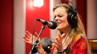 The Tierney Sutton Band 'The Last Dance/Dancing In The Dark'   Live Studio Session
