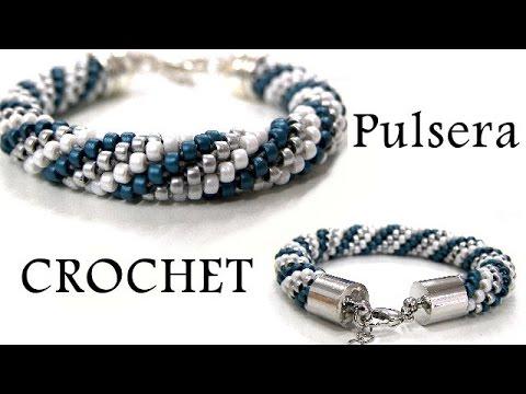 2c38ecd987ea Abalorios - Como hacer una pulsera de Crochet - YouTube
